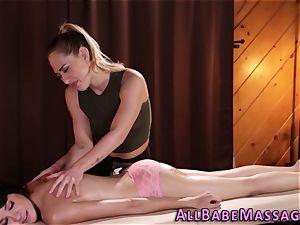 ultra-kinky masseuse thumbs