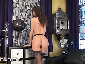 Rene starlet wants you to screw her cootchie