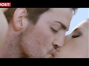 Spanish pornstar honey Alexa Tomas gets jizz in throat