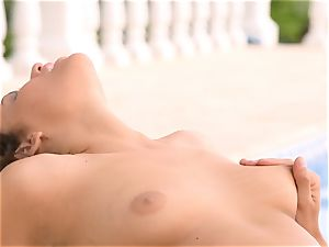 Mia Malkova gets her gash shafted by the pool