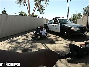 bang the Cops - milky lady cop pulverized by three BBCs