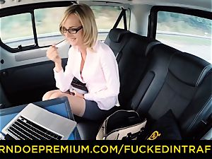 plowed IN TRAFFIC - messy super-naughty popshot for cougar