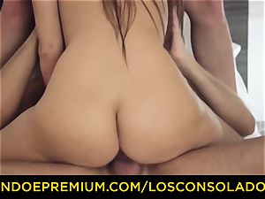 LOS CONSOLADORES - ultra-cute honey bare massage and three way
