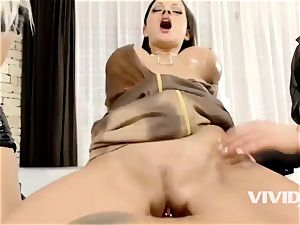 Vivid.com - crazy mummies Couples four-way Side By Side