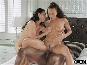 BLACKED Teanna Trump and Vicki pursue Share A bbc