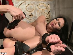 Katy Borman love forcing a scorching babe to fellate the fuck stick