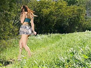 super super-sexy Aidra Fox outdoor vulva onanism