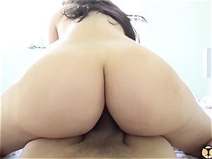 Valentina Nappi Gets An assfuck Surprise