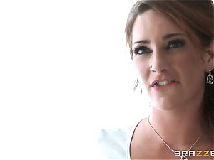 AJ Applegate gets a raunchy lesbian humping from Savannah Fox