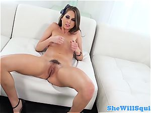 Riley Reid and Maddy O'Reilly are satisfied well enough to splatter