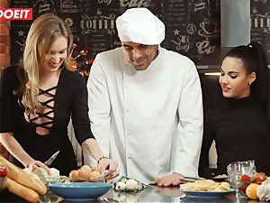 LETSDOEIT - sex Cooking With honeys Apolonia and Angel
