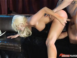 super-naughty blondie babe Courtney Taylor pounded in her killer cock-squeezing pusy pie pudding
