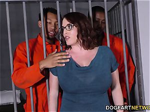 huge-boobed Maggie Green Has bi-racial threeway In prison