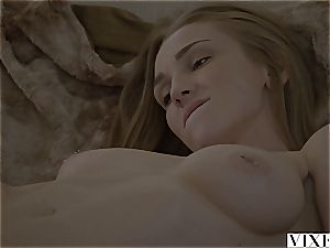 VIXEN Kendra Sunderland eventually boinked By Her Fathers acquaintance