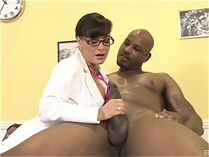 Lisa Ann luxurious cougar doctor