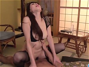 xxx hump to end with facial for Nanami Hirose