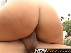 towheaded babe Phoenix Marie with yam-sized boobs public pulverize