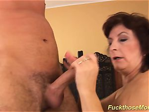 facial cumshot on buxom furry mother