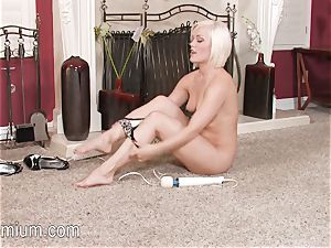 Ash Hollywood luvs to paw her moist vag with a massager