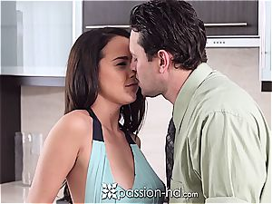 nude bombshell Dillion Harper plays with fuck-stick