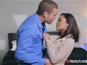Kaylani Lei thrashed ball-sac deep by strung up wild Xander