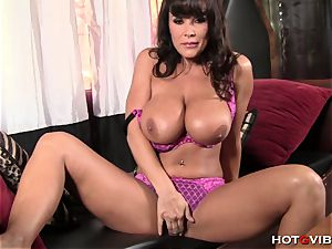Ultimate mummy Lisa Ann