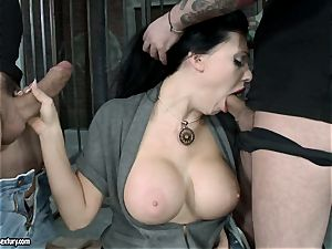 red-hot Aletta Ocean alternately pleasing 2 stiffys with her simmering jaws