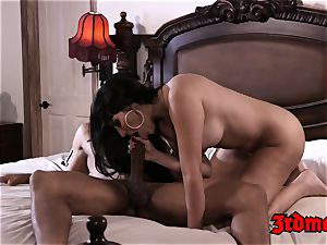 mummy Mercedes Carrera Gets penetrated by a big black cock