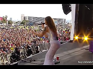 Tove Lo displays off her fine mounds to the crowd