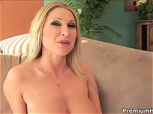 beautiful Devon Lee gets saturated in super-hot fuck-stick mayo
