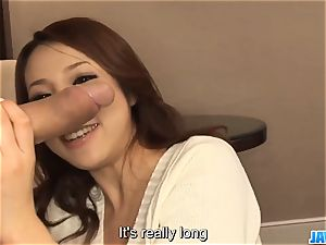 Subtitles - japanese gal Kanako Tsuchiyo deep throats the dic