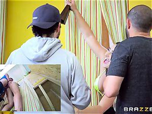 Dani Daniels wringing some fresh lemonade