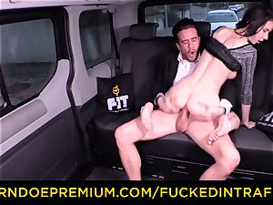 boinked IN TRAFFIC - marvelous petite honey pounded by driver