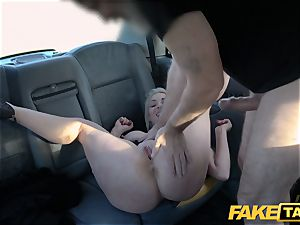 fake cab light-haired milf Victoria Summers screwed in a cab