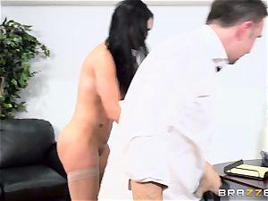 man-meat choking british babe Jasmine Jae smashed in her caboose
