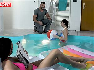 LETSDOEIT - sonnie humps StepMom And step-sister At The Pool