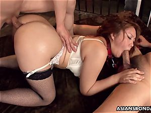 giving her donk up in a mischievous bdsm session