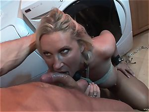 Devon Lee likes getting her raw fuckbox inserted