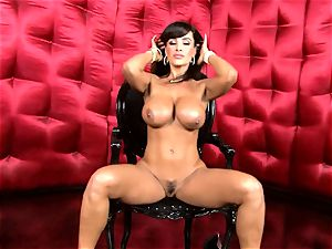 fabulous Lisa Ann unveils her yam-sized saucy orbs